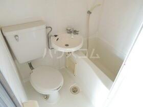 サンコーポ 201号室の洗面所