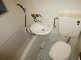 西坂ハウス 102号室の風呂