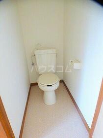 第三泉ハイツ 102号室のトイレ