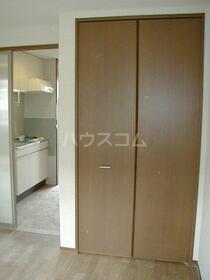 クレストコート 105号室の収納