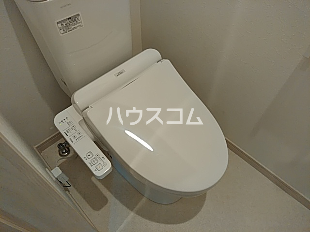 Ambition立川 302号室のトイレ
