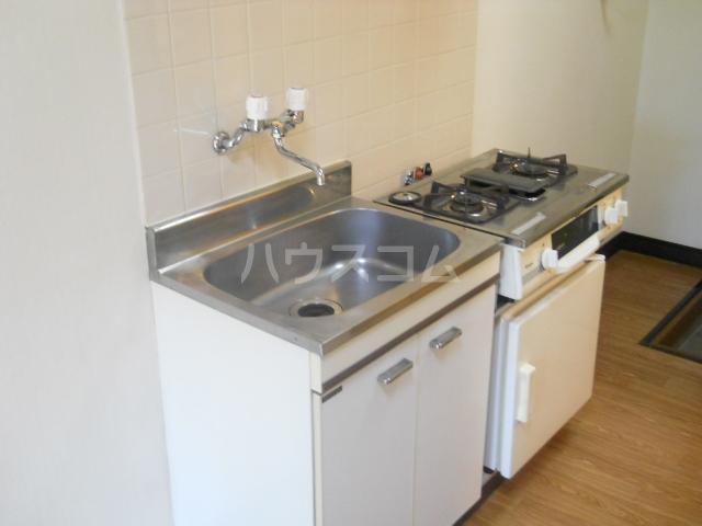 アネモネコーポ 103号室のキッチン