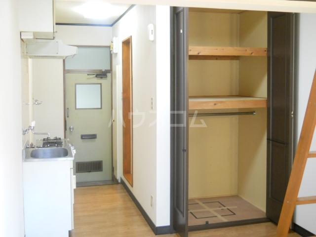 アネモネコーポ 103号室の収納