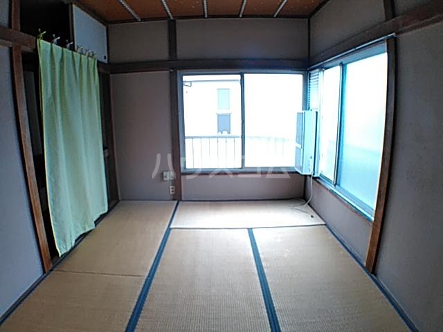 蓑島 201号室の居室