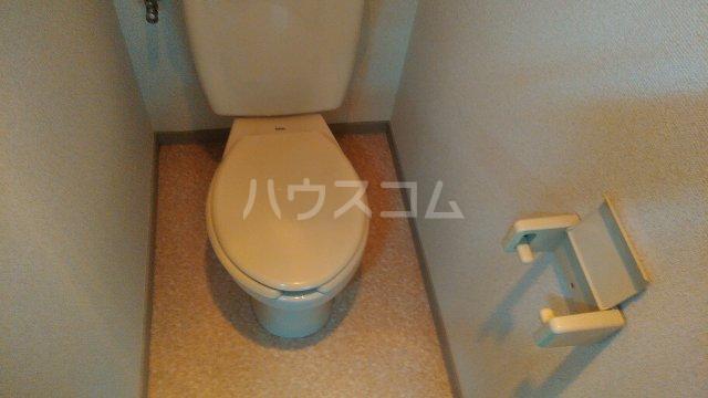 レスポワール 302号室のトイレ
