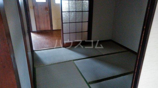 第三神代コーポ 206号室の居室