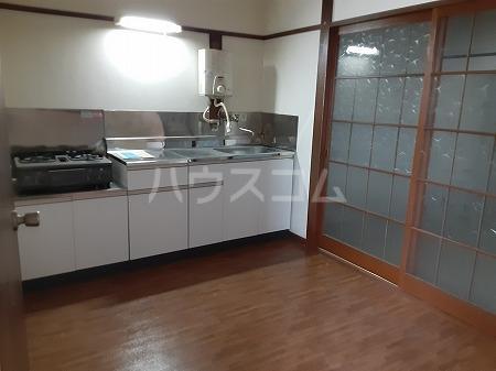 第三神代コーポ 206号室のキッチン