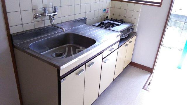 千代田ハイツ 105号室のキッチン