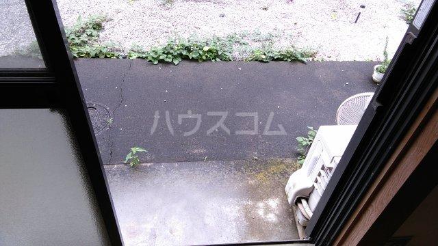 千代田ハイツ 105号室のバルコニー
