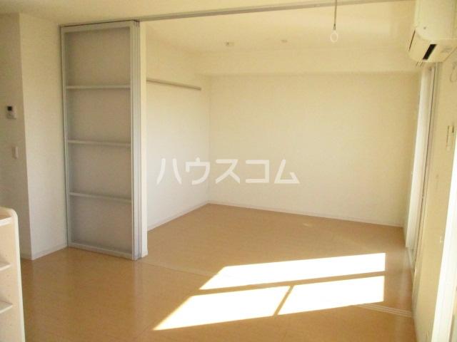 ヒラリバー アネックス 205号室の居室
