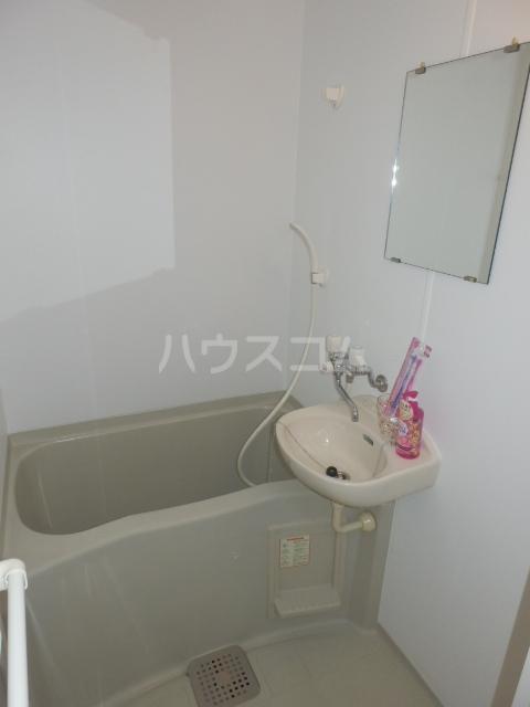 プリムヴェールハイム 306号室の風呂