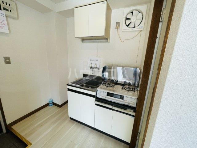 第2岡三ビル 403号室のキッチン