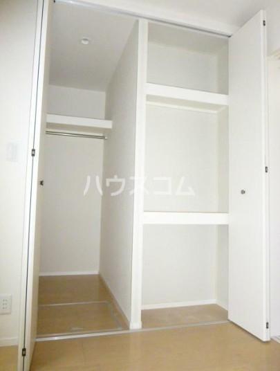 フィカーサ新高円寺 101号室のリビング