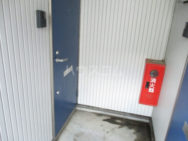 アメニティ大巌寺 101号室のエントランス