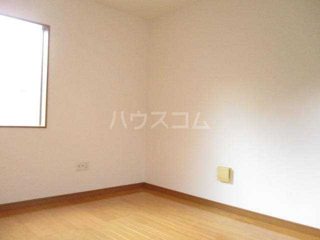 アメニティ大巌寺 101号室のリビング