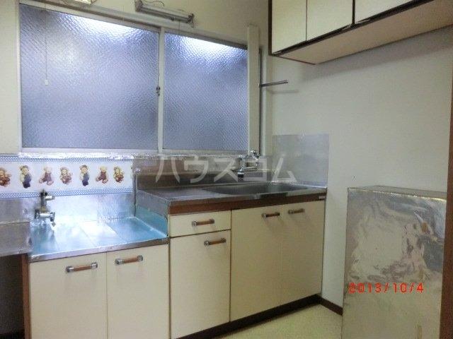 佐久間荘 203号室のキッチン