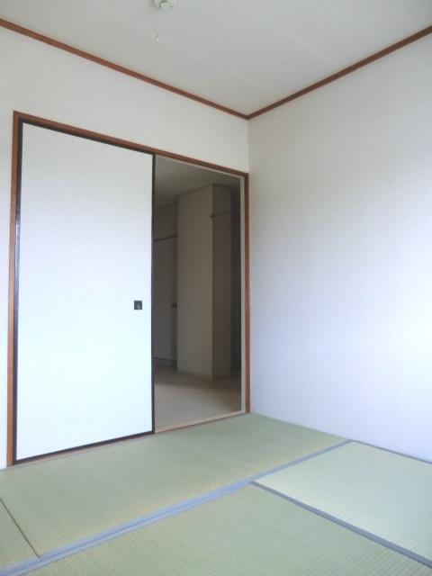 須賀コーポ 102号室のベッドルーム