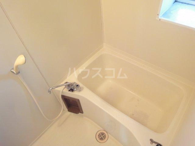 コーポカトレア 201号室の風呂