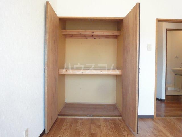 コーポカトレア 201号室の収納