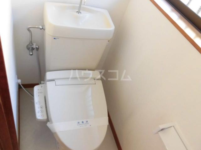 中村借家Bのトイレ