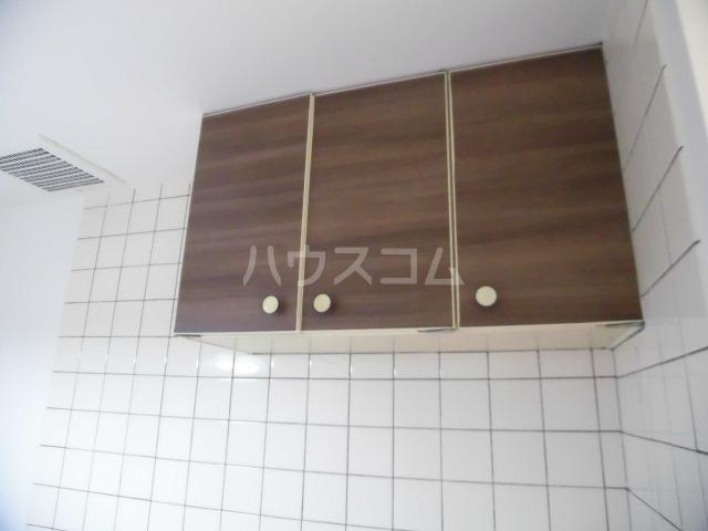 ラベンダータウン B棟 3-E号室のキッチン