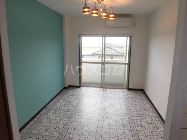 ラベンダータウン B棟 3-H号室のベッドルーム