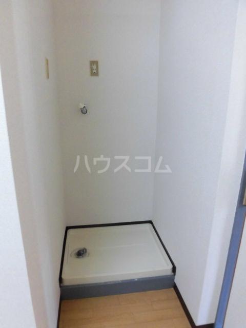 ブルースカイ 103号室の洗面所