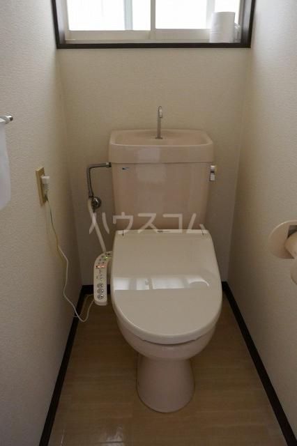 エスコートG 202号室のトイレ