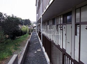 レオパレス神田 307号室の玄関
