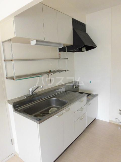 サンパレス 105号室のキッチン