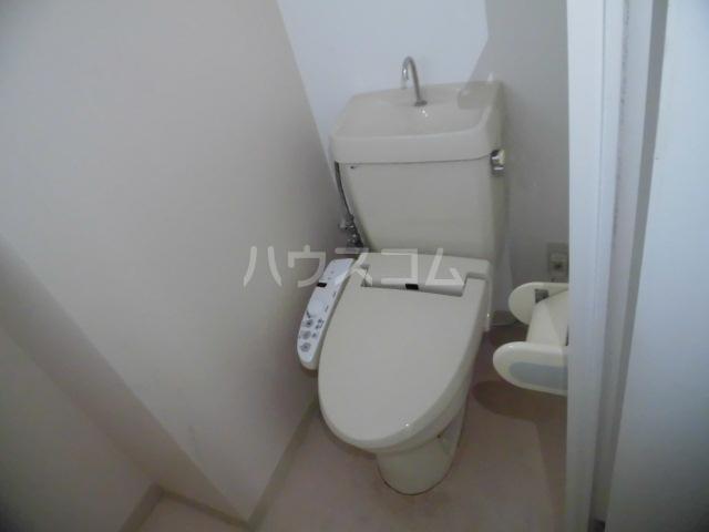 サンパレス 105号室のトイレ