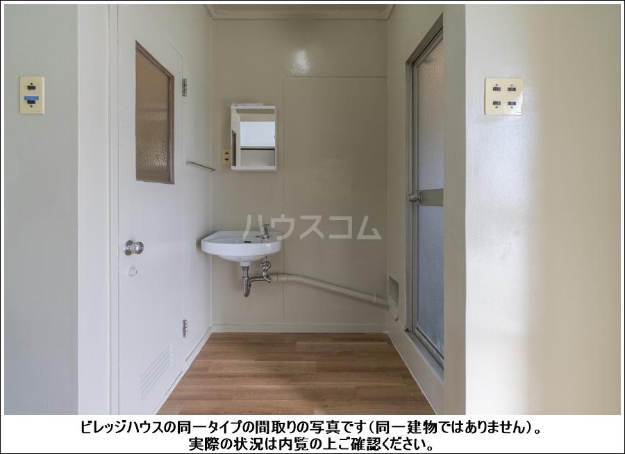 ビレッジハウス大東Ⅱ2号棟 208号室の洗面所