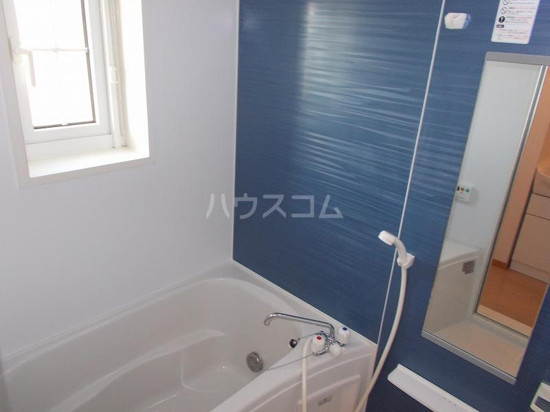 ボニート 02010号室の風呂