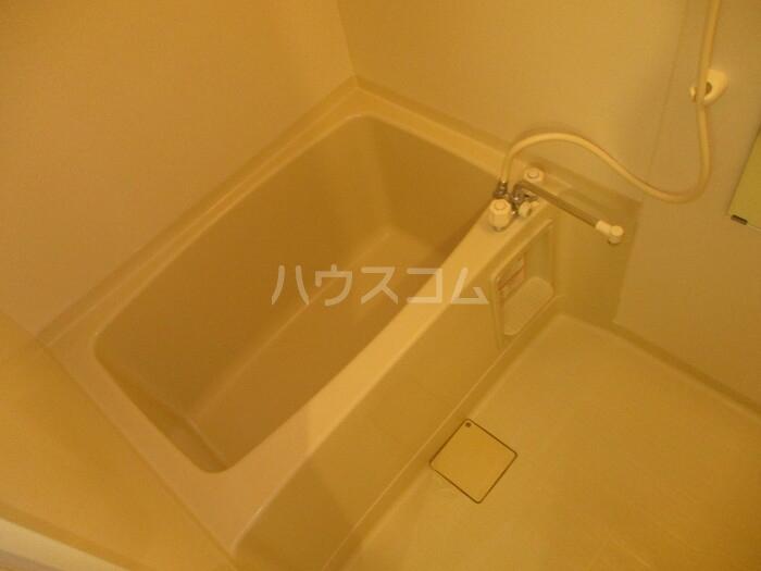 カサ・ド・マール D 202号室の駐車場