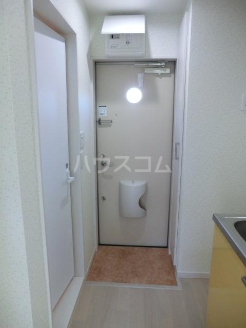 アコス浦和 203号室の玄関