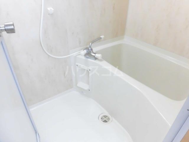 グロワール 301号室の風呂