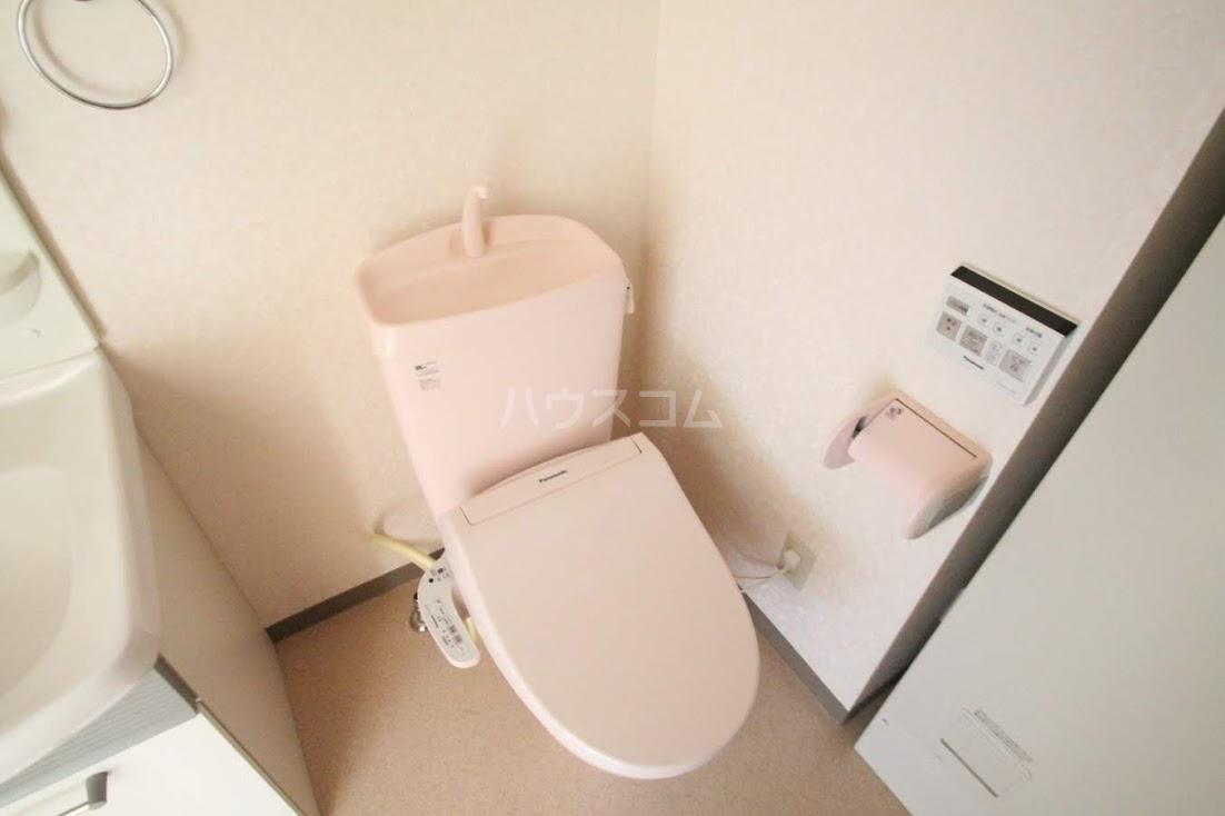 サンフローラⅡ 102号室のトイレ