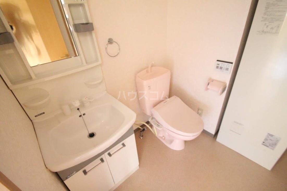 サンフローラⅡ 102号室の洗面所