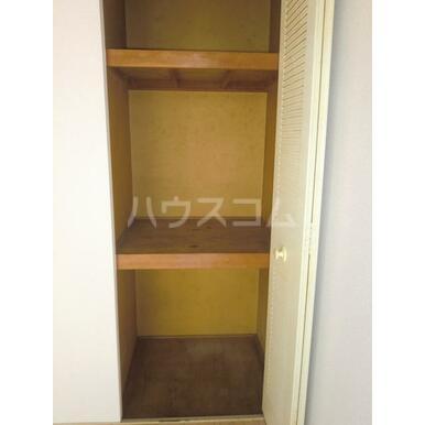 シャトレA 202号室の収納