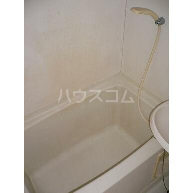 シャトレA 202号室の風呂