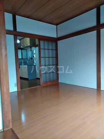 五十嵐第2ハイツ 102号室の居室