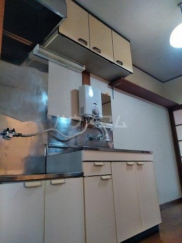 五十嵐第2ハイツ 102号室のキッチン