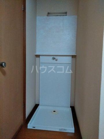 五十嵐第2ハイツ 102号室の洗面所