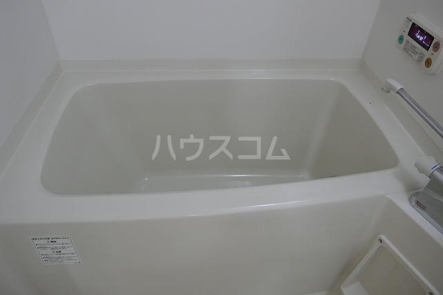 アクロス 301号室の風呂