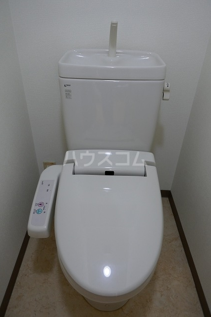 アクロス 301号室のトイレ