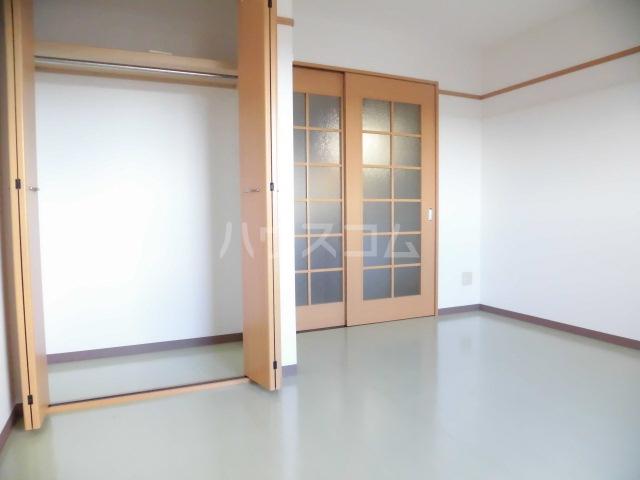 グランヒル7 507号室のリビング