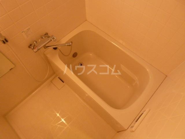 フェリークス院内 101号室の風呂