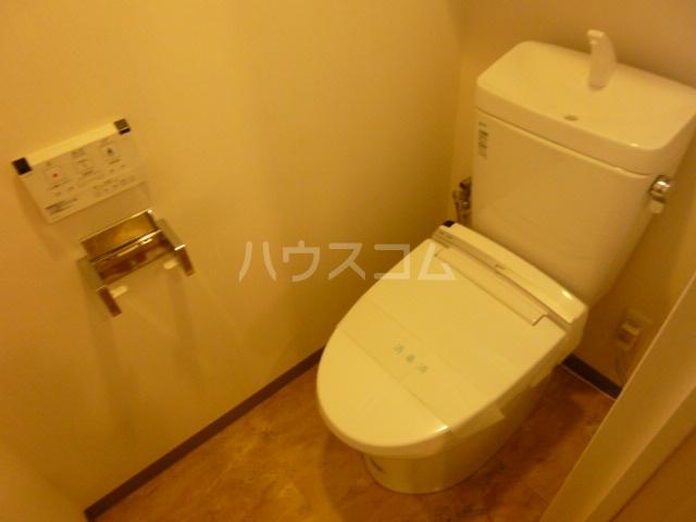 フェリークス院内 101号室のトイレ