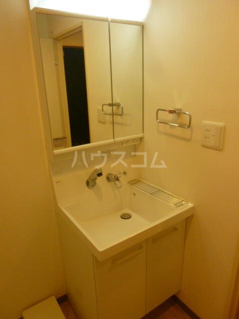 フェリークス院内 101号室の洗面所