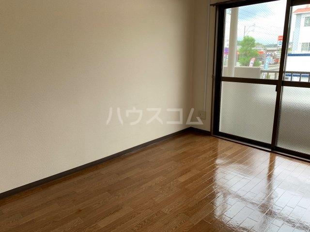 アドラシオン 203号室の収納